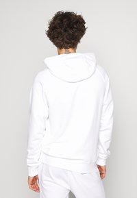 Nike Sportswear - HOODIE - Sweat à capuche - white/black - 2