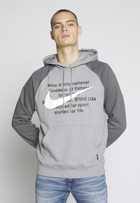 Nike Sportswear - HOODIE - Sweat à capuche - particle grey/iron grey/white - 2