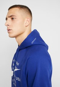 Nike Sportswear - HOODIE - Hoodie - deep royal blue/white - 5