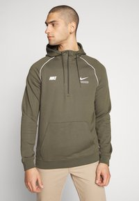 Nike Sportswear - HOODIE - Hoodie - cargo khaki/white - 0