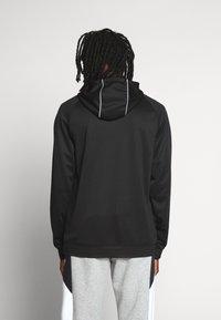 Nike Sportswear - HOODIE - Bluzka z długim rękawem - black - 2
