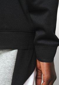 Nike Sportswear - HOODIE - Bluzka z długim rękawem - black - 6