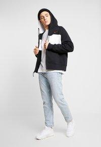 Nike Sportswear - HOODIE  - Zip-up hoodie - black/white/red - 1