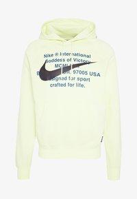 Nike Sportswear - HOODIE - Mikina skapucí - luminous green - 3
