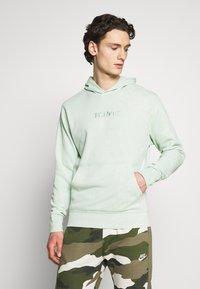 Nike Sportswear - HOODIE WASH - Mikina skapucí - pistachio frost - 0