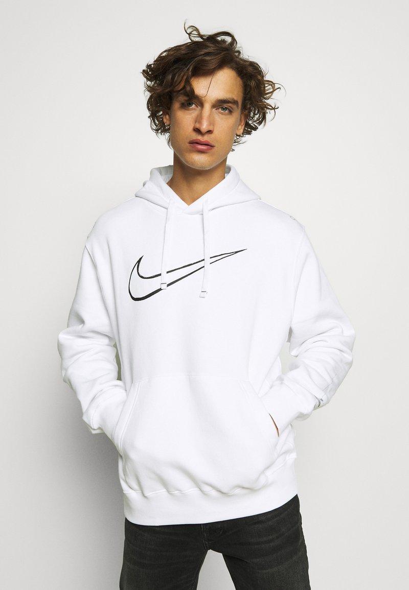 Nike Sportswear - HOODIE  - Jersey con capucha - white