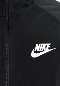 Nike Sportswear - BASIC - Tepláková souprava - black/white - 6