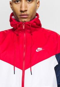 Nike Sportswear - Windbreaker - white/university red/midnight navy - 5