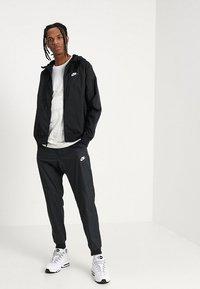 Nike Sportswear - Wiatrówka - black - 1