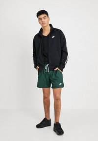 Nike Sportswear - TRIBUTE - Verryttelytakki - black - 1