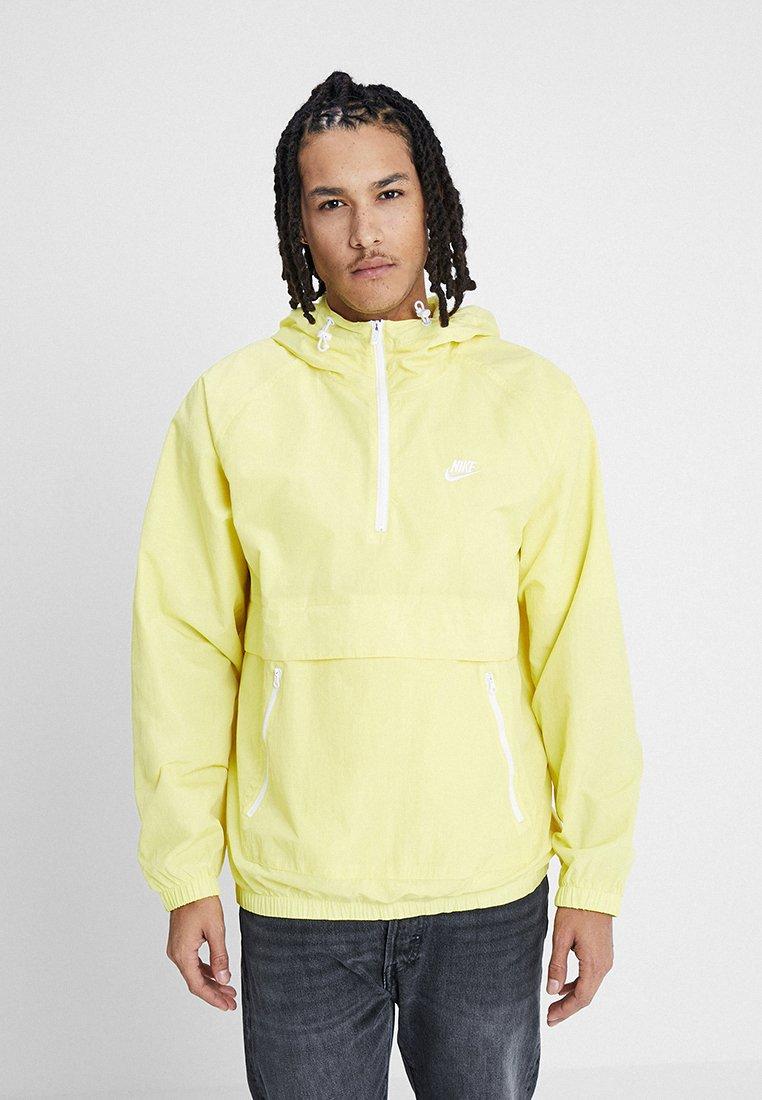 Nike Sportswear - Windbreaker - yellow pulse/white
