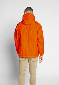 Nike Sportswear - Wiatrówka - magma orange/white - 2