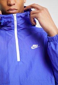 Nike Sportswear - Wiatrówka - persian violet/white - 4