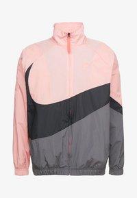 pink gaze/black/dark grey