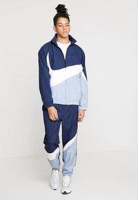 Nike Sportswear - Trainingsvest - obsidian/white/indigo fog - 1