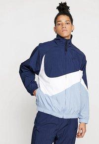 Nike Sportswear - Trainingsvest - obsidian/white/indigo fog - 0