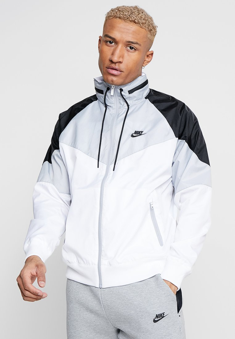 Nike Sportswear - Windbreaker - white/wolf grey/black