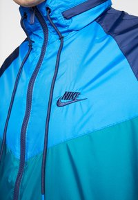 Nike Sportswear - Summer jacket - geode teal/battle blue/midnight navy - 5