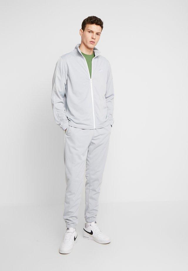 SUIT BASIC - Träningsset - smoke grey/white