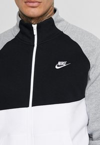 Nike Sportswear - SET - Survêtement - dark grey heather/black/white - 5