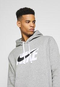 Nike Sportswear - TRACK SUIT - Träningsset - dark grey heather - 5