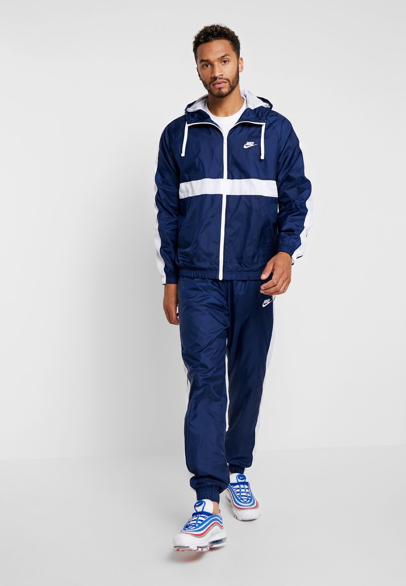Nike Sportswear - SUIT  - Tracksuit - midnight navy/white
