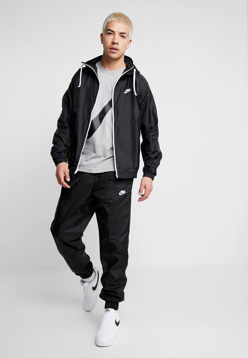 Nike Sportswear - SUIT  - Tracksuit - black