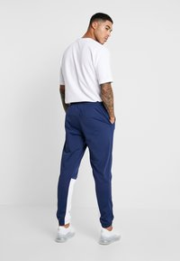 Nike Sportswear - SUIT - Dres - midnight navy/white - 4