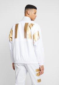 Nike Sportswear - Trainingsjacke - pure platinum/white - 2