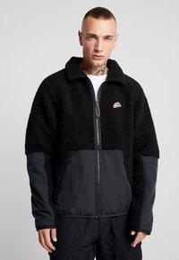 Nike Sportswear - WINTER - Kurtka wiosenna - black/off noir - 0