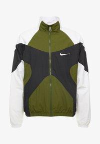 Nike Sportswear - ISSUE  - Windbreaker - legion green/white/black - 4