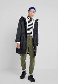 Nike Sportswear - FILL  - Parka - black sail - 1