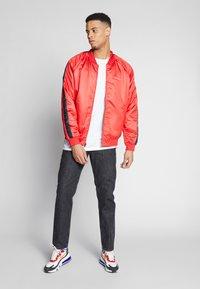 Nike Sportswear - Bomberjacks - university red/black/white - 1