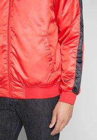 Nike Sportswear - Bomberjacks - university red/black/white - 7