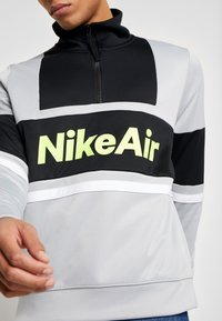 Nike Sportswear - M NSW NIKE AIR JKT PK - Summer jacket - smoke grey/black - 4