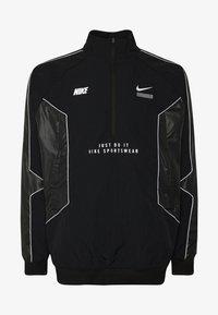 Nike Sportswear - TOP - Giacca a vento - black/black - 4