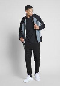 Nike Sportswear - SIGNATURE - Kurtka sportowa - smoke grey/black/lt smoke grey - 1