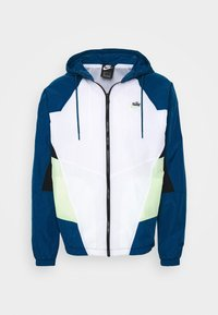 Nike Sportswear - SIGNATURE - Verryttelytakki - blue force/white/barely volt - 5