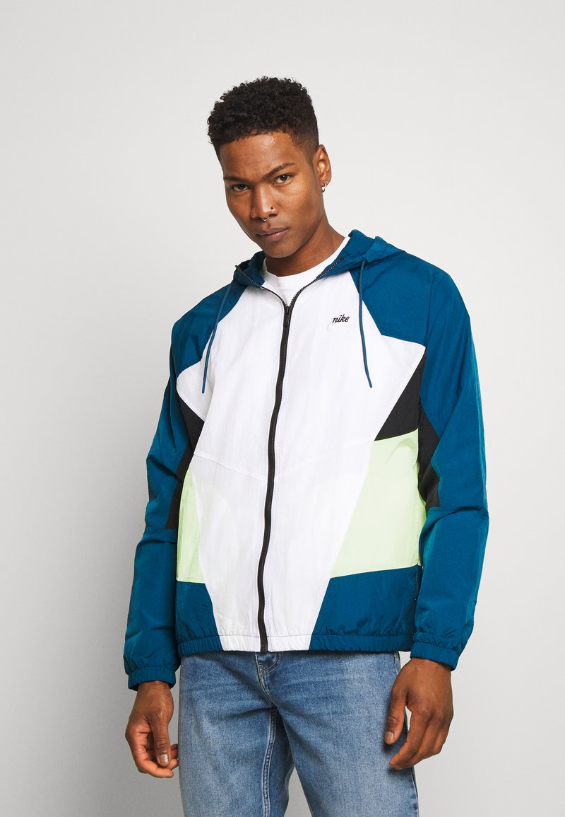 Nike Sportswear - SIGNATURE - Verryttelytakki - blue force/white/barely volt