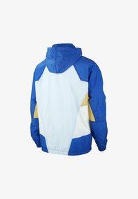 hydrogen blue/game royal/sail
