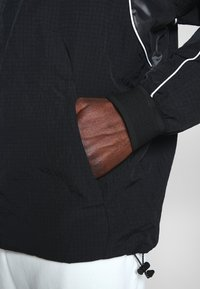Nike Sportswear - Lehká bunda - black - 5