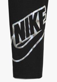 Nike Sportswear - FAVORITES SHINE - Legginsy - black - 2