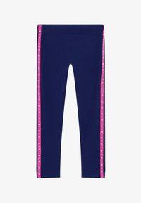 blue void/fire pink/(fire pink)