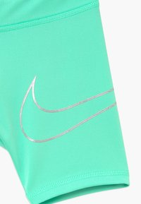 Nike Sportswear - GIRLS DRI-FIT BIKER - Shorts - green glow - 3
