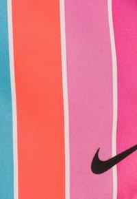 Nike Sportswear - STRIPE TEMPO - Träningsbyxor - fire pink - 2