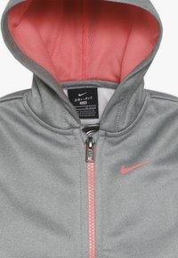 Nike Sportswear - THERMA BABY - Survêtement - pink gaze - 5