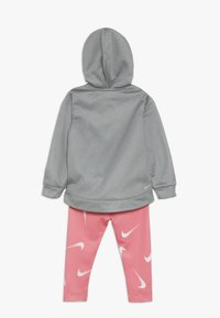 Nike Sportswear - THERMA BABY - Survêtement - pink gaze - 1