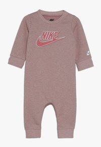 Nike Sportswear - SPARKLE COVERALL BABY - Kombinezon - bleached coral heather - 0
