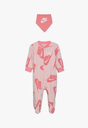 FOOTED COVERALL BIB BABY SET - Scarf - echo pink