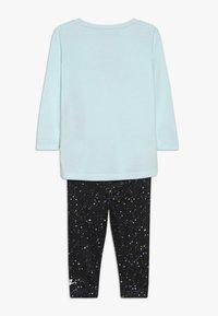 Nike Sportswear - STARRY NIGHT TUNIC SET BABY - Tepláková souprava - black - 1